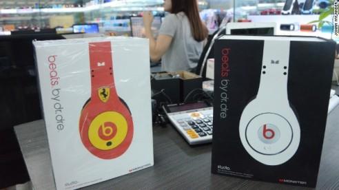 131009223255-china-fakes-beats-4-horizontal-gallery