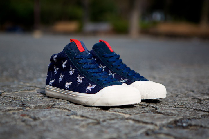 79e6ae5ef6b70e losers-2013-schooler-mid-shark-3-5-5. Japanese footwear label LOSERS  presents the Schooler Mid Shark 3.5 ...