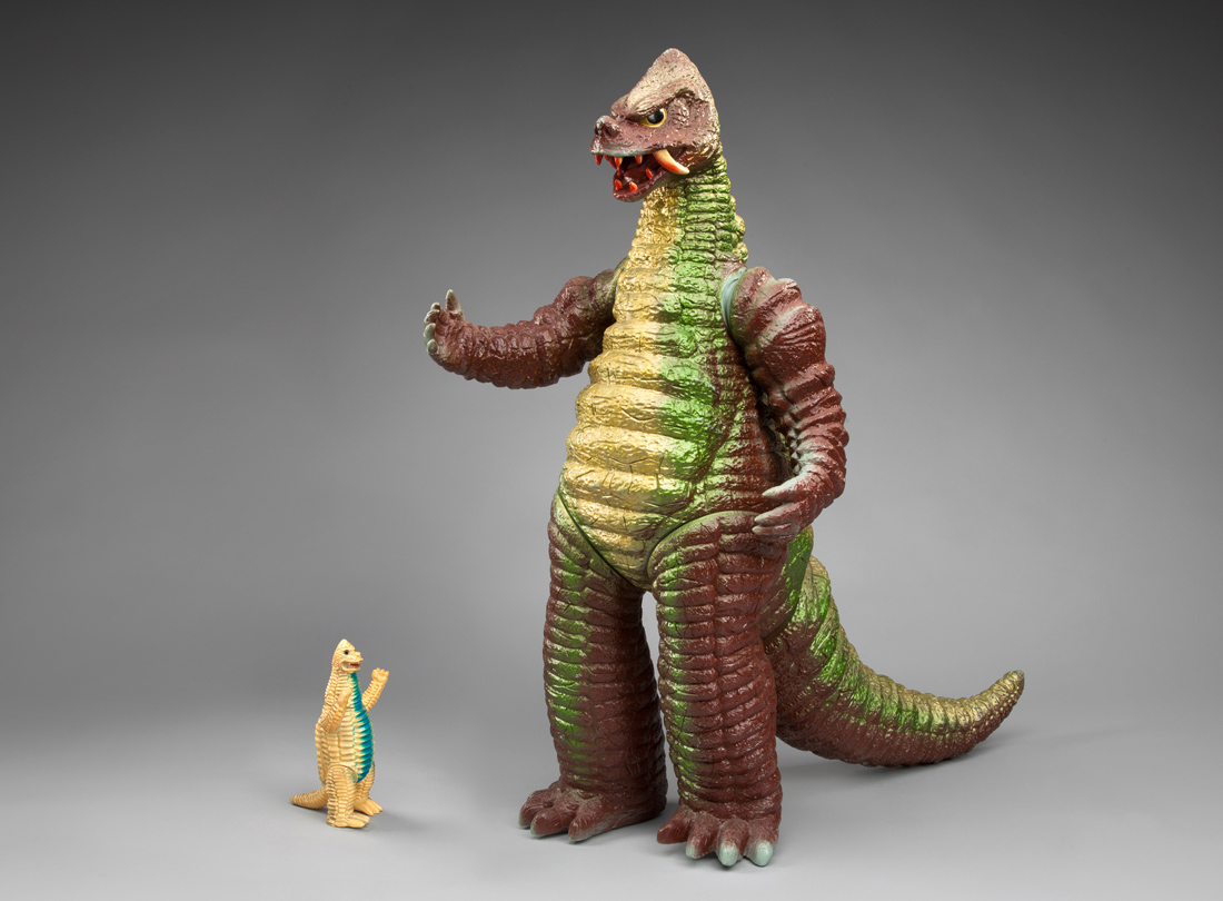 Japanese Toys From Kokeshi To Kaiju Team Yellow