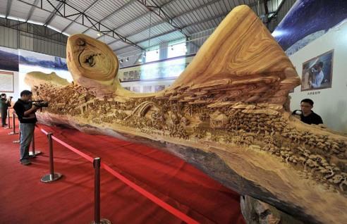 longest-wooden-sculpture-zheng-chunhui-1