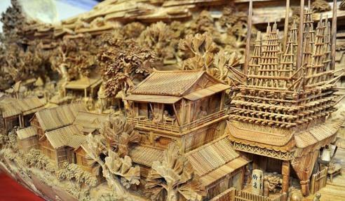 longest-wooden-sculpture-zheng-chunhui-2