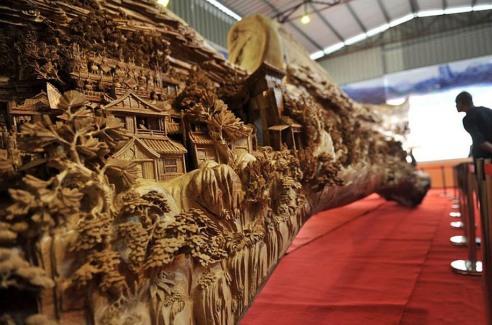 longest-wooden-sculpture-zheng-chunhui-3