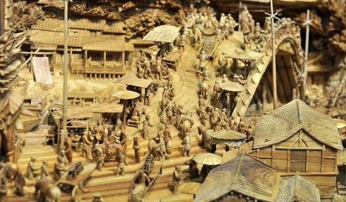 longest-wooden-sculpture-zheng-chunhui-4
