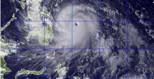 PhilippinesTyphoonNov7-621x321