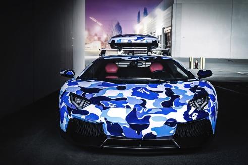 Lamborghini-x-BAPE-Arctic-Camo-Aventador-with-Ski-Box-2