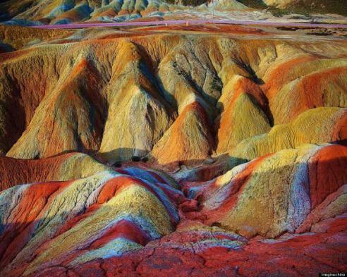 o-rainbow-mountains-900-8