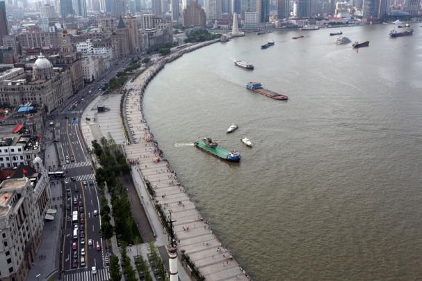 cai-guo-qiang-the-ninth-wave-huangpu-river-shanghai-designboom-05